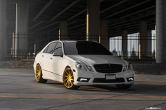 mercedes-benz-e-class-m621-gold-bullion-wheels-6
