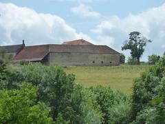 Rue de la Gendarmerie, Flavigny-sur-Ozerain - forest - distant farm buildings