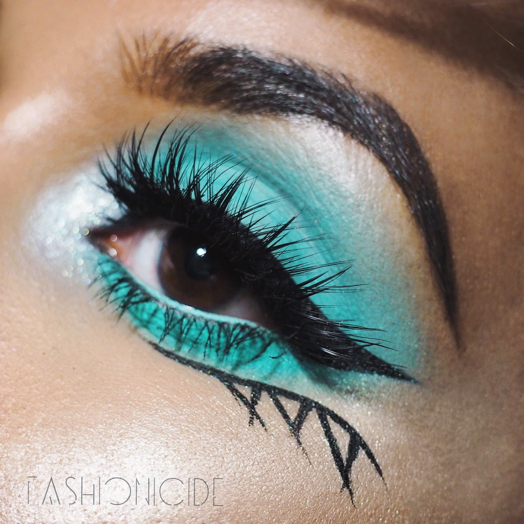 Demure Dimensional Lashes Glass Ceiling Collection Rarity Makeup look