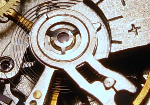 Ce qu´il y a dedans d´une Vostok Amphibia, avec des photos. 35163209324_40f5b4e12d_z
