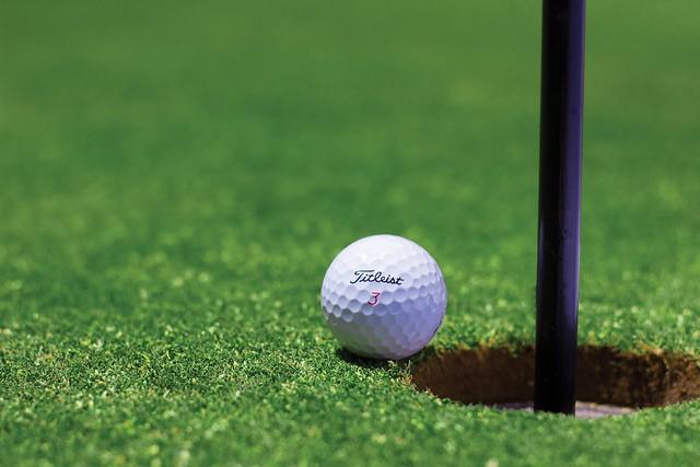 golf pexels.com