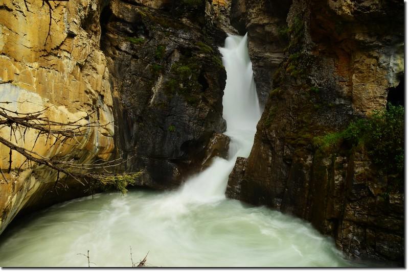 Johnston Canyon Falls (lower) (3)