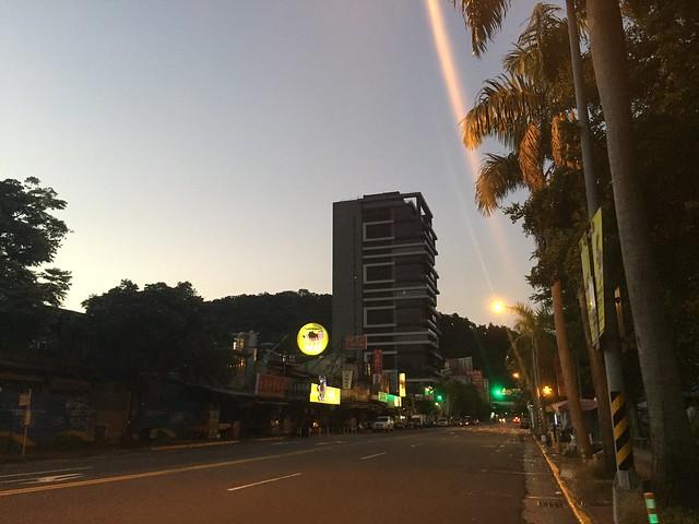基河路凌晨4點40分 (9)