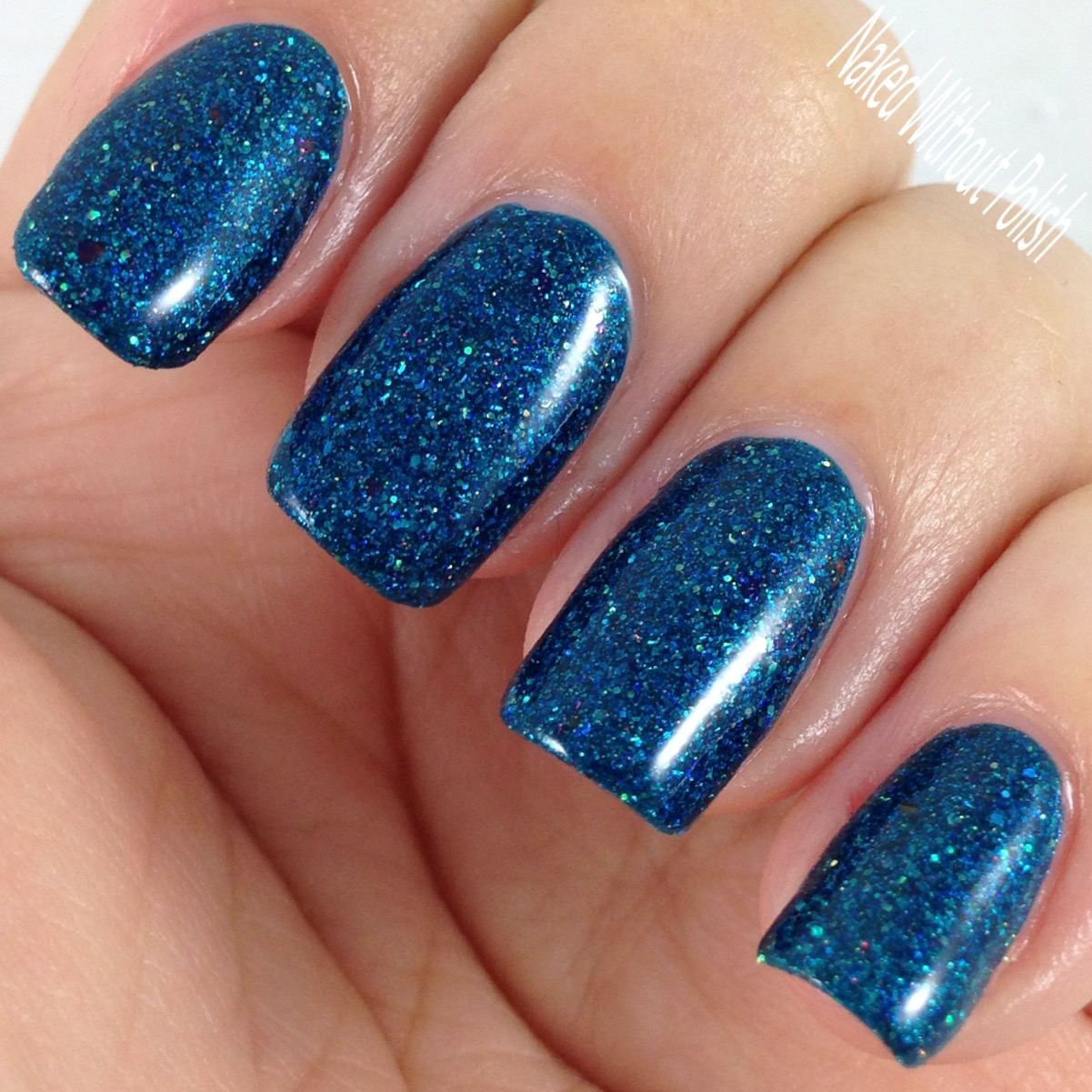 Envy-Lacquer-Make-Waves-8