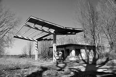 Verlassene Tankstelle / abandoned petrol station