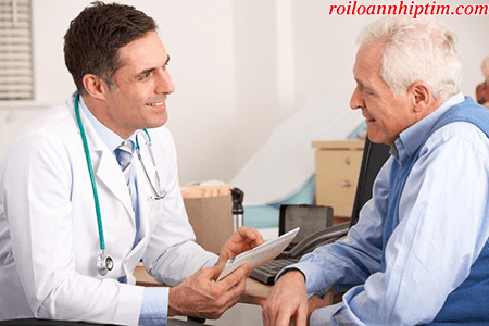 Tuân thủ chỉ định của bác sĩ là rất quan trọng trong điều trị rung nhĩ