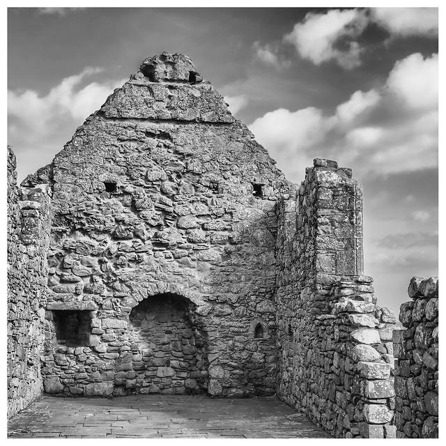 Chapel , Dunnottar Castle, Fujifilm X-Pro1, XF27mmF2.8