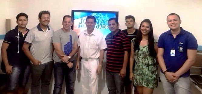 Médico compra emissora afiliada à RedeTV! em Itaituba, Doutor Diniz e os funcionários da TV Cidade Dourada
