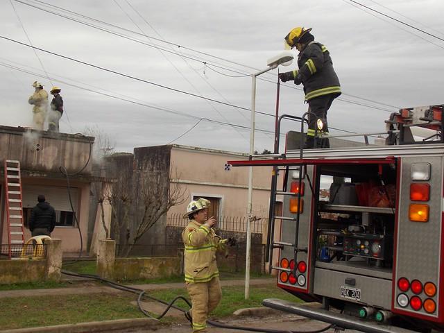 Incendio vivienda calle 229