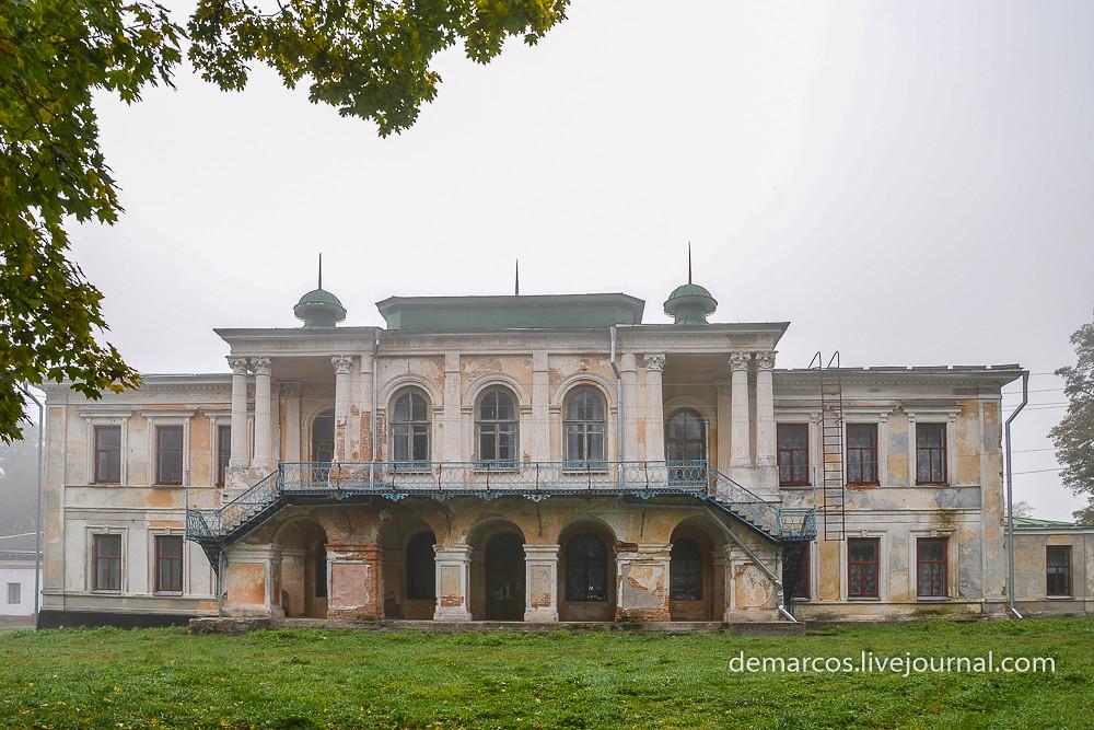 palats_Zakrevskykh_berezova_rudka-0280