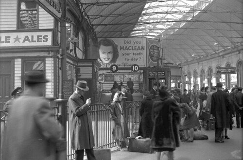 Inside Newcastle Central Station, 1948