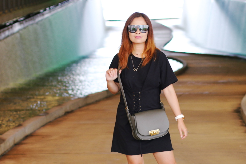black-shirt-dress-quay-sunglasses-zac-posen-bag-5
