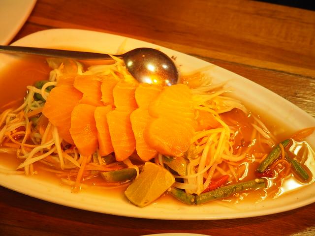 P6243740 Koh Lan Ta Restaurant & Karaoke at Suvarnabhumi thailand bangkok タイ バンコク