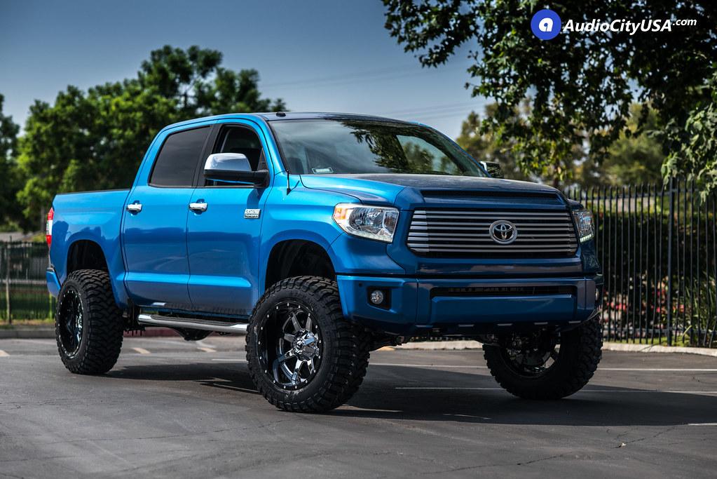 2017 Blue Toyota Tundra Crewmax 20x12 Fuel Wheels D260 Maverick