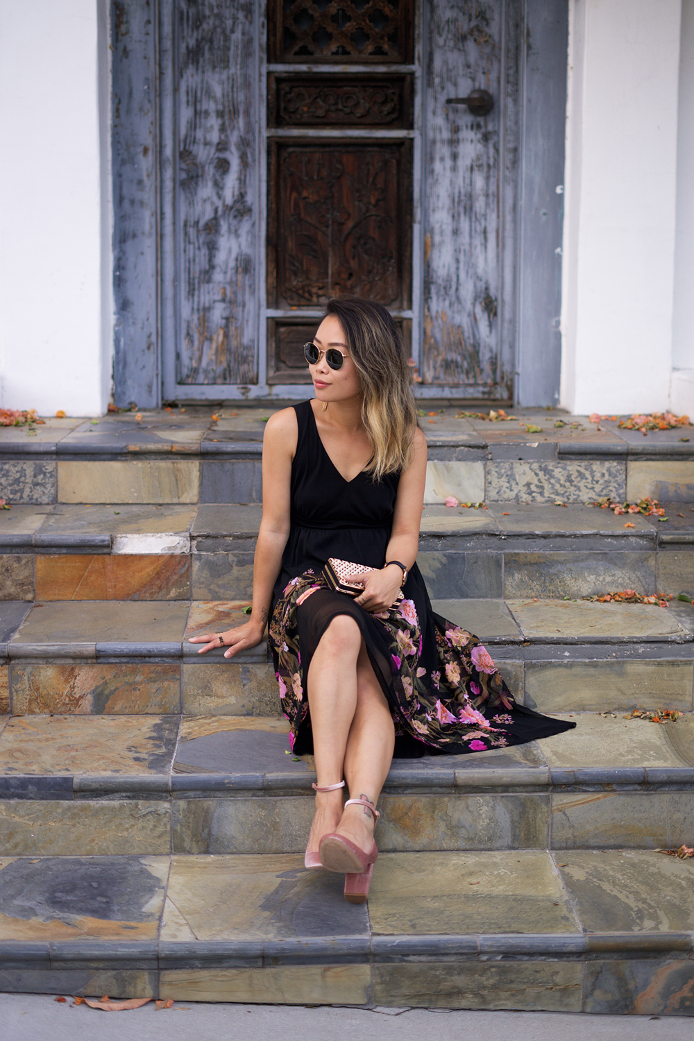 03inc-floral-dress-fashion-style