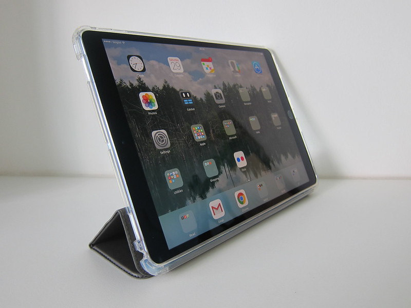 Monocozzi Lucid Plus Folio For iPad Pro 10.5 - With iPad Pro - For Reading/Watching