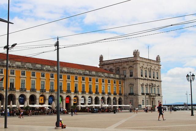 praça do comércio edificios