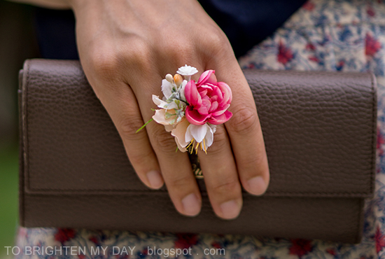 taupe clutch, flower ring