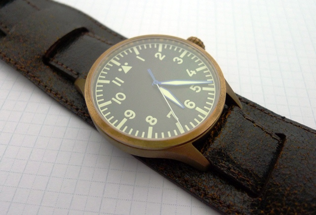 Bronze Archimede on Oxide Bund