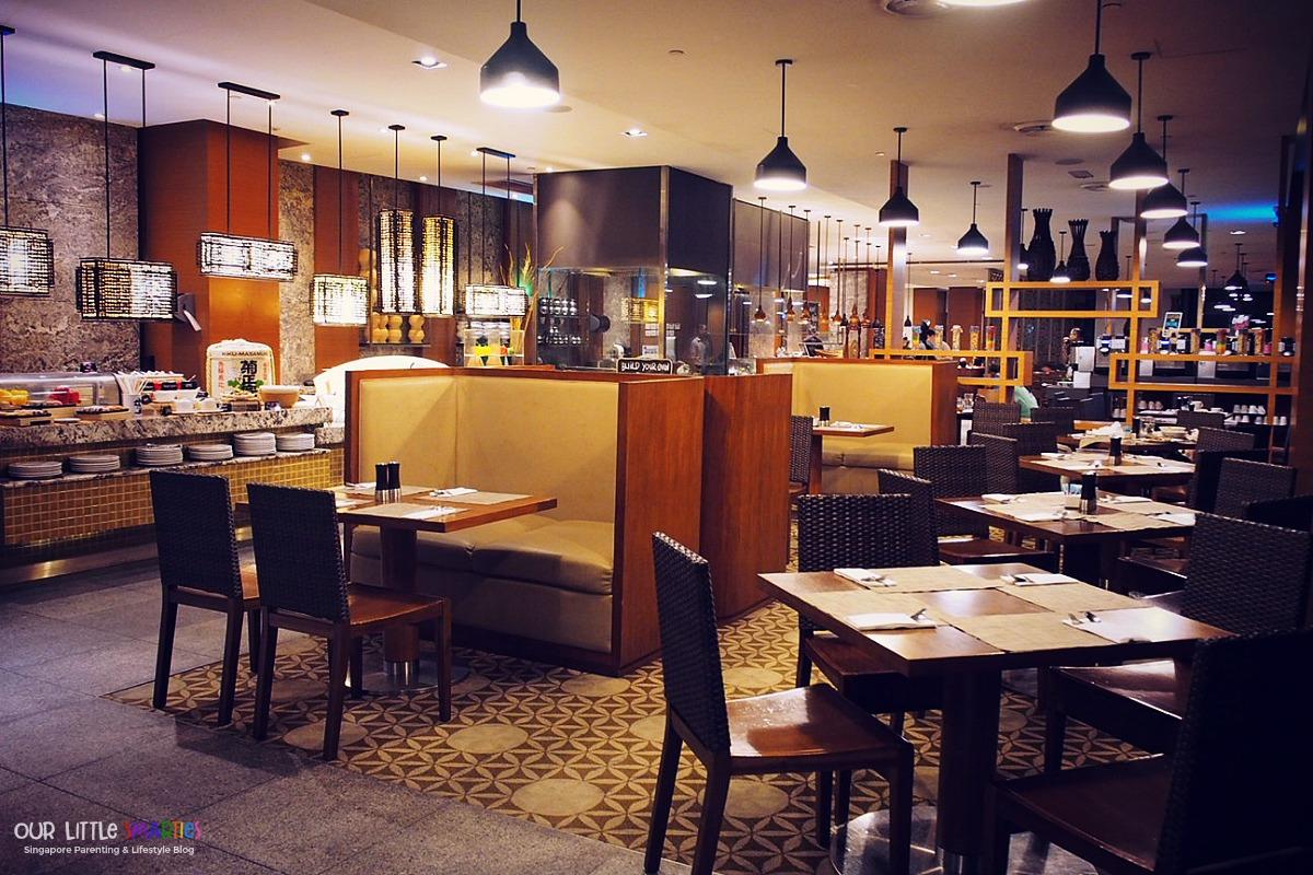 Hotel Jen Harbour Cafe