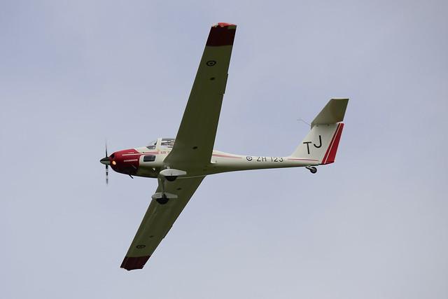 ZH123/TJ Grob Vigilant T.1