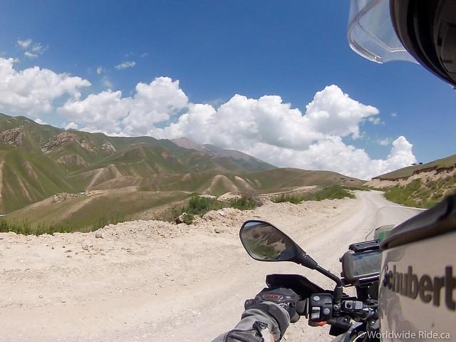 Kyrgyzstan Song-kul-7