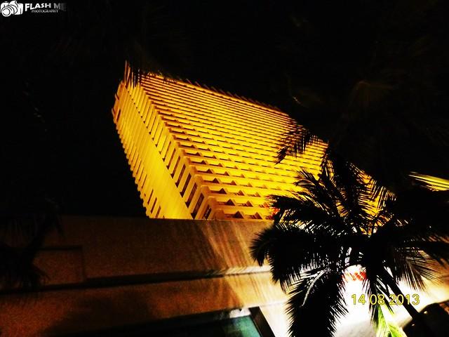 Hotel Trident, Sony DSC-H90