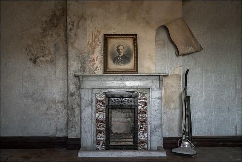 Abandoned house8
