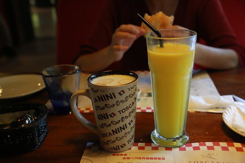 鮮果汁和咖啡