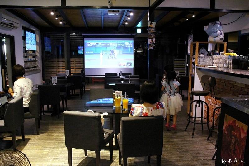 35977160006 f9e3f58f88 b - 熱血採訪 |  大和17,棒球主題咖啡餐酒館,大螢幕轉播運動賽事,日式老宅改建