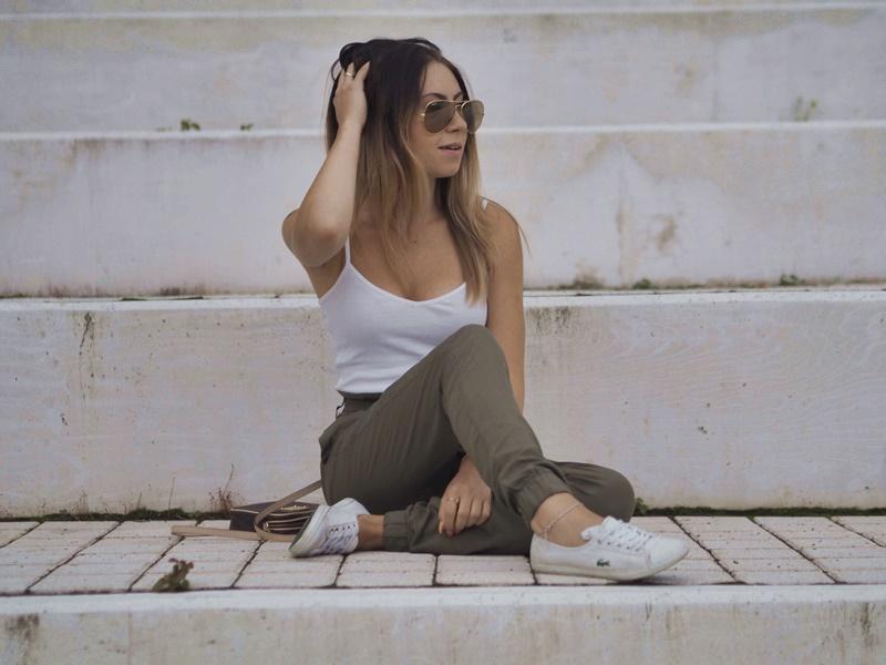 tyyli-bikbok-paperbagpants-armygreen-lacoste-shoes