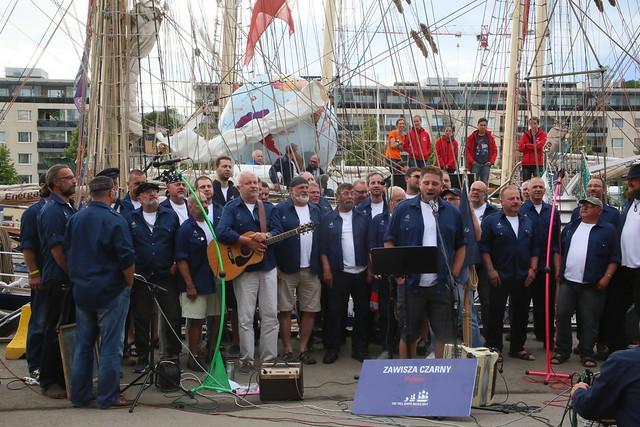 Sea Shanty Singers, 'Zawisza Czarny', Tall Ships, Turku, Finland, 2017