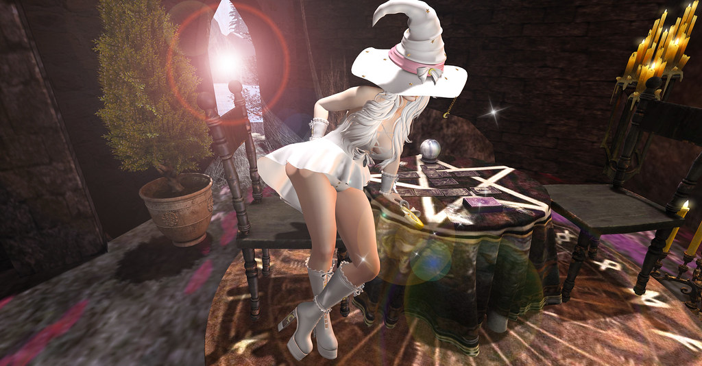 WITCH WHITE_009PHOTO
