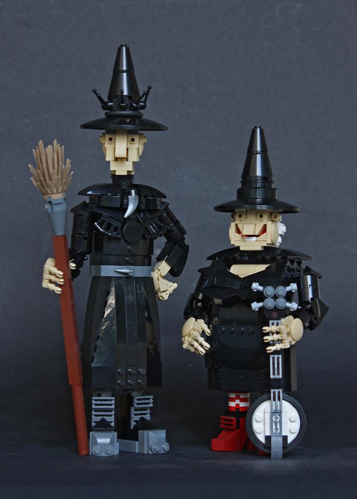 Granny Weatherwax & Nanny Ogg (custom built Lego model)