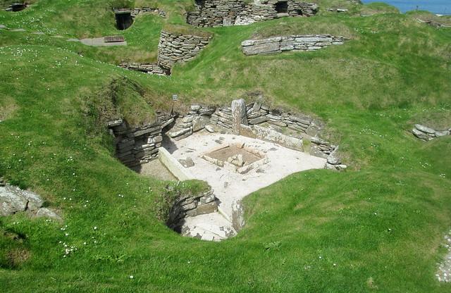 Skara Brae, Early Houses 2