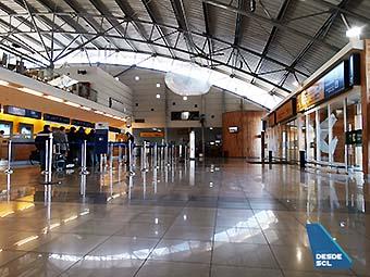 PUQ hall público check-in (RD)