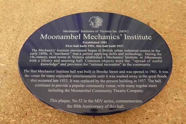 Photo of Moonambel Mechanics' Institute blue plaque