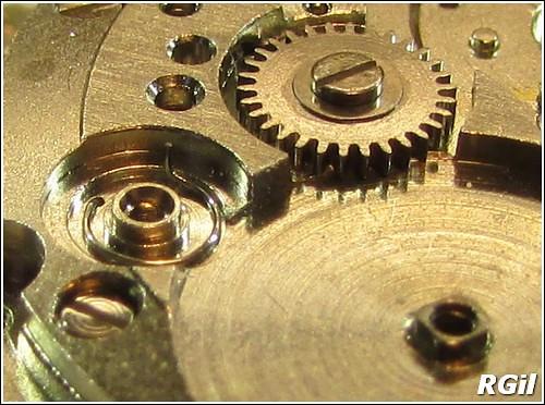 Ce qu´il y a dedans d´une Vostok Amphibia, avec des photos. 35590507590_845a7e2110