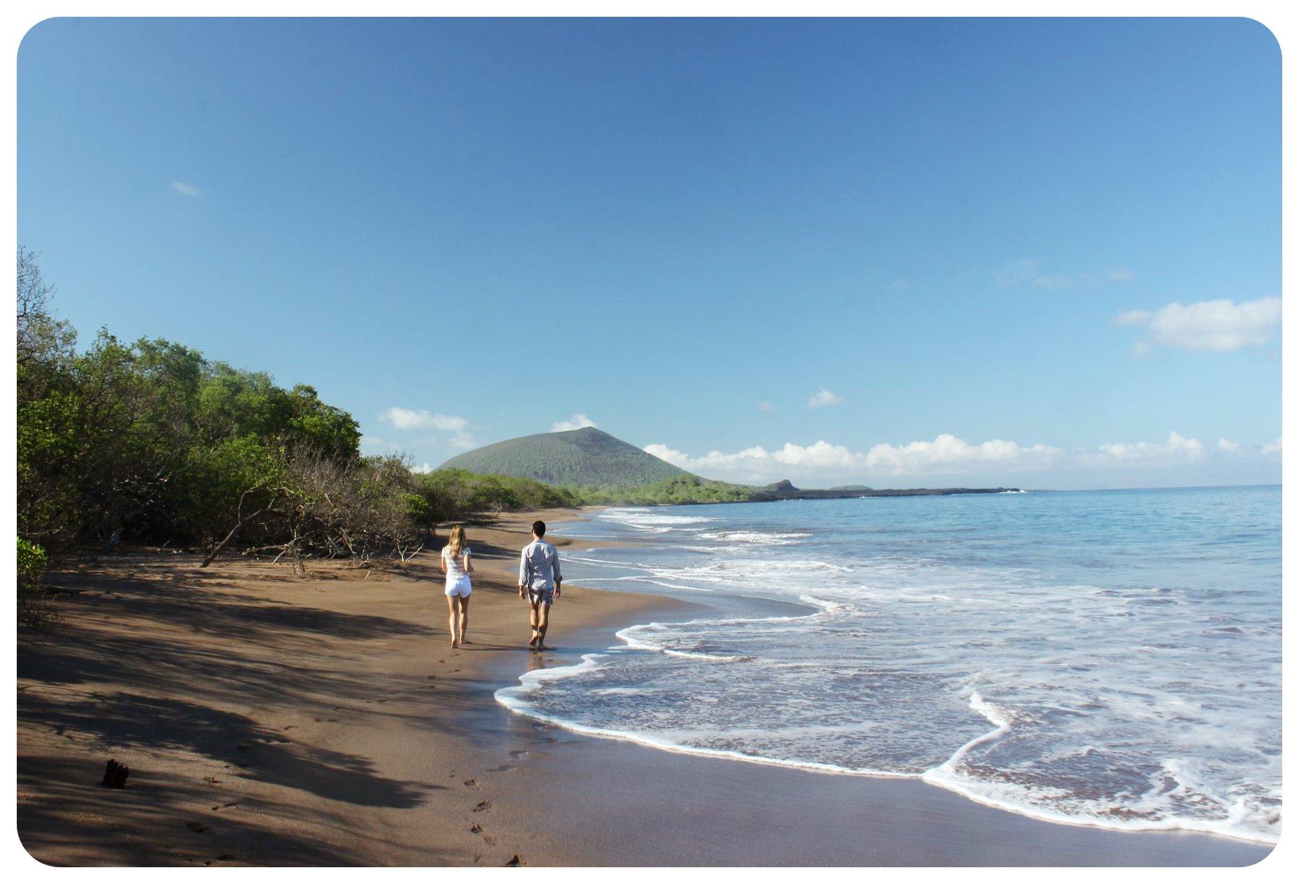 espumilla beach galapagos island walk