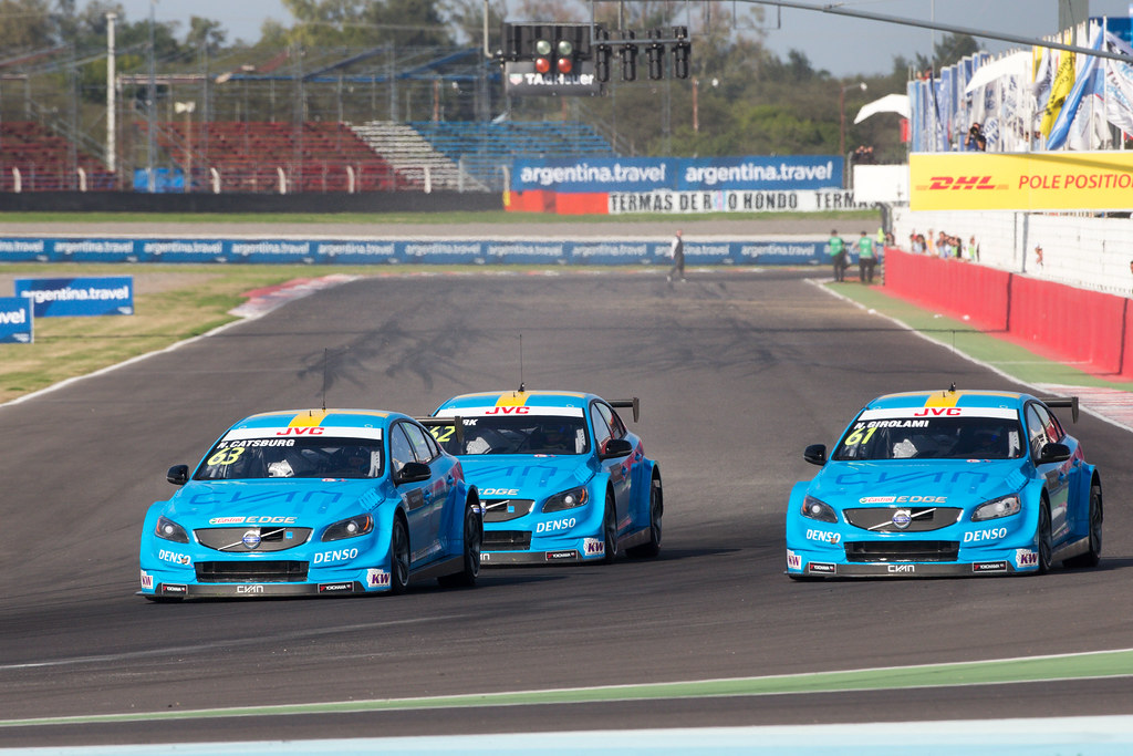 63 CATSBURG Nicky (ned) Volvo S60 Polestar team Polestar Cyan Racing action, 62 BJORK Thed (swe) Volvo S60 Polestar team Polestar Cyan Racing action,  61 GIROLAMI Nestor (arg) Volvo S60 Polestar team Polestar Cyan Racing action during the 2017 FIA WTCC World Touring Car Race of Argentina at Termas de Rio Hondo, Argentina on july 14 to 16 - Photo Alexandre Guillaumot / DPPI