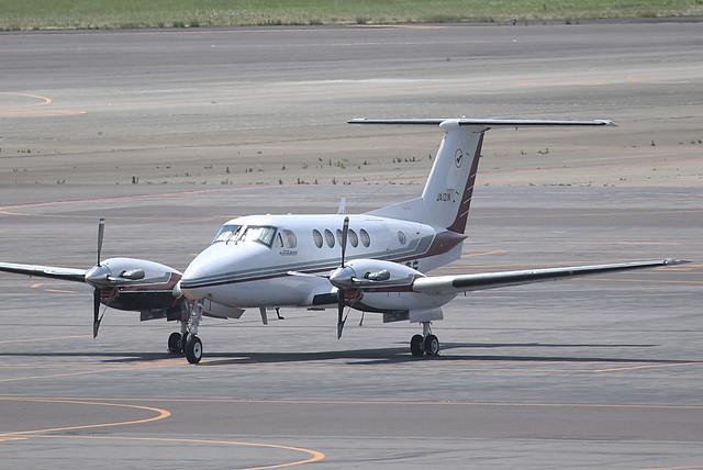 JA121N