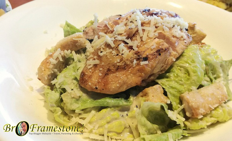 Chicken Caeser Salad Tony Roma's