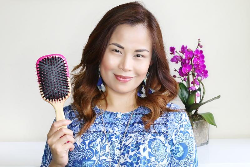 hair-brush-summer-hair-2