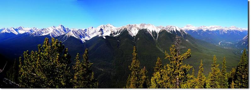 Panoramic View Of  Gondola Sanson Peak Observation Point