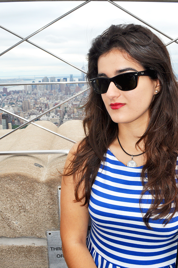 something fashion blogger spain influencer streetstyle new york spain valencia outfits modcloth stripes dress summer