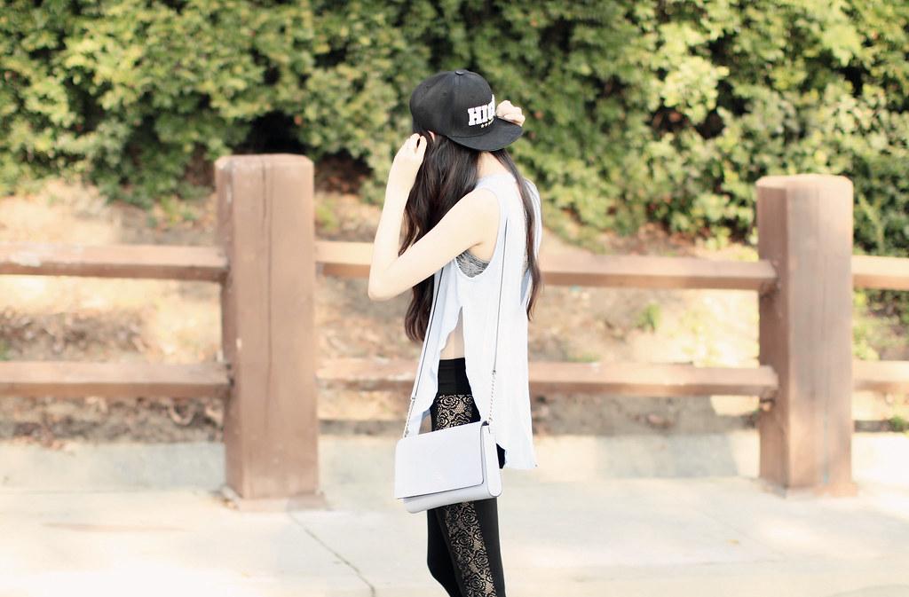 3096-ootd-fashion-style-outfitoftheday-wiwt-streetstyle-athleisure-urbanoutfitters-express-adidas-adidasnmd-elizabeeetht-clothestoyouuu