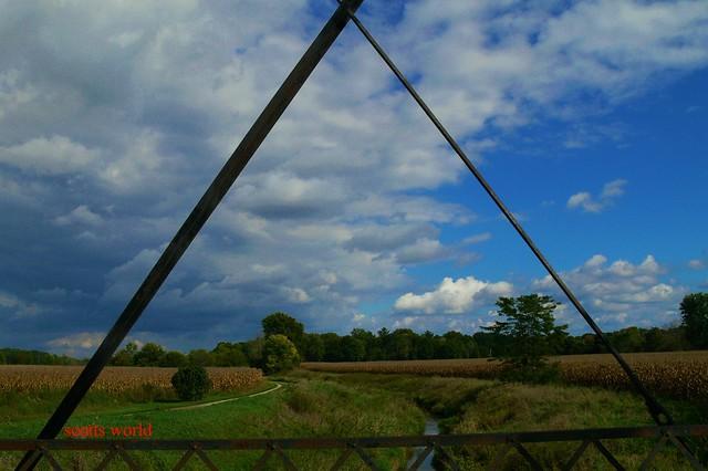 Landscape through triangular rust, Panasonic DMC-FZ30