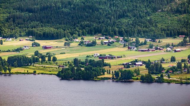 View 3 from Tossebergsklätten Mountain