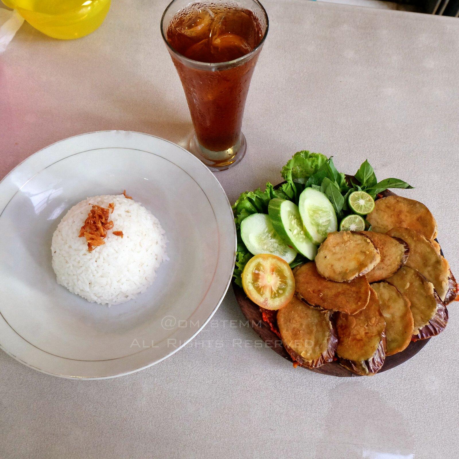 Nasi + Terong penyet