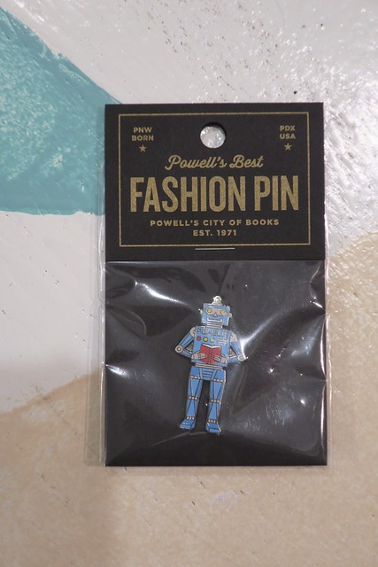 Powell's Fashion Pin